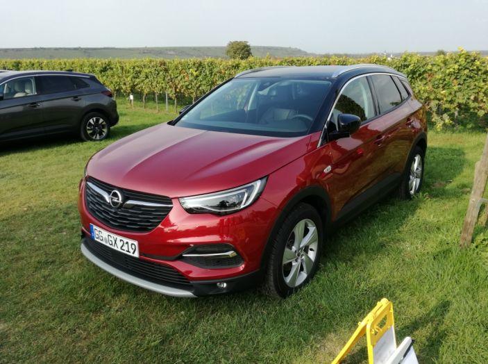 Opel Grandland X: test drive, caratteristiche e prezzi del crossover polivalente - Foto 4 di 25