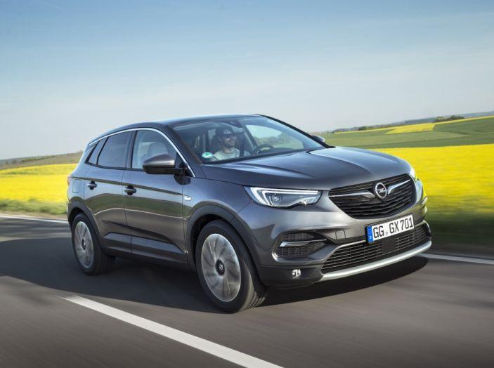 Opel Grandland X: test drive, caratteristiche e prezzi del crossover polivalente - Foto 11 di 25