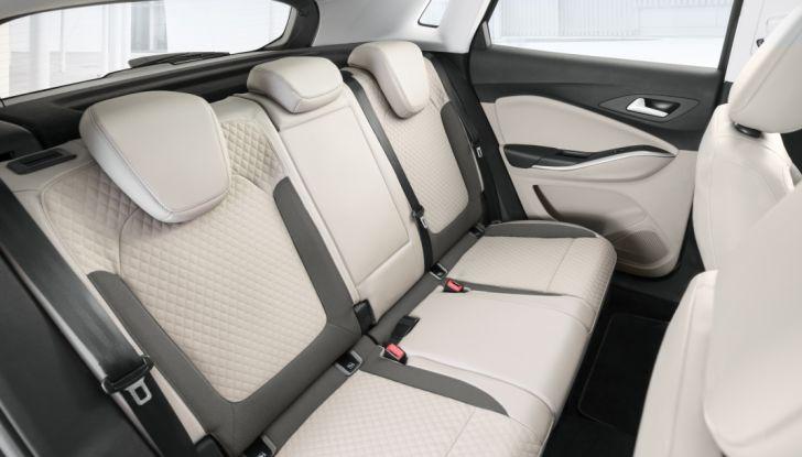 Opel Grandland X: test drive, caratteristiche e prezzi del crossover polivalente - Foto 19 di 25