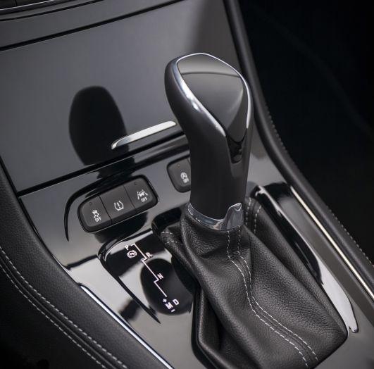 Opel Grandland X: test drive, caratteristiche e prezzi del crossover polivalente - Foto 14 di 25