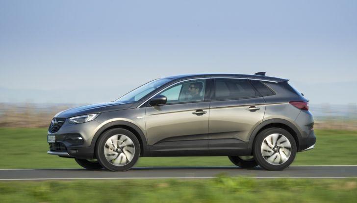 Opel Grandland X: test drive, caratteristiche e prezzi del crossover polivalente - Foto 15 di 25