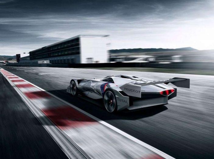 Peugeot L750 R HYbrid Vision, la concept per Gran Turismo Sport - Foto 3 di 12