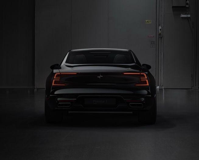 Volvo, l'addio al Diesel: dalla S60 2018 niente più auto a gasolio - Foto 22 di 30