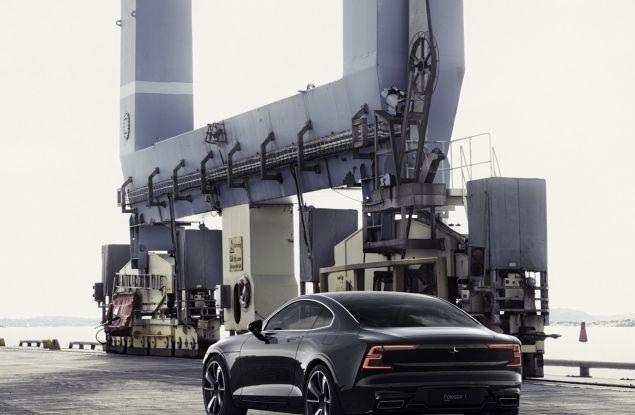 Volvo, l'addio al Diesel: dalla S60 2018 niente più auto a gasolio - Foto 12 di 30