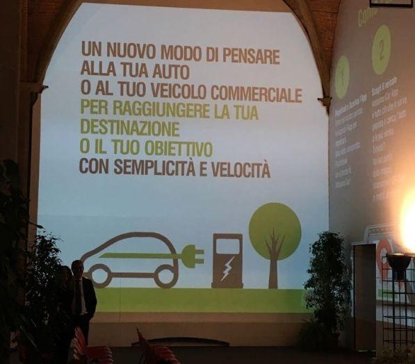 Renault e il Car Sharing 100% elettrico a Firenze - Foto 11 di 16
