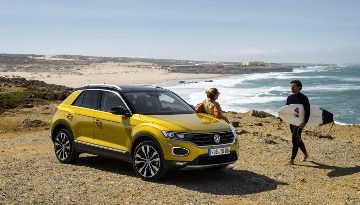 Volkswagen T-Roc 2017: prova su strada, caratteristiche e prestazioni - Foto 8 di 39