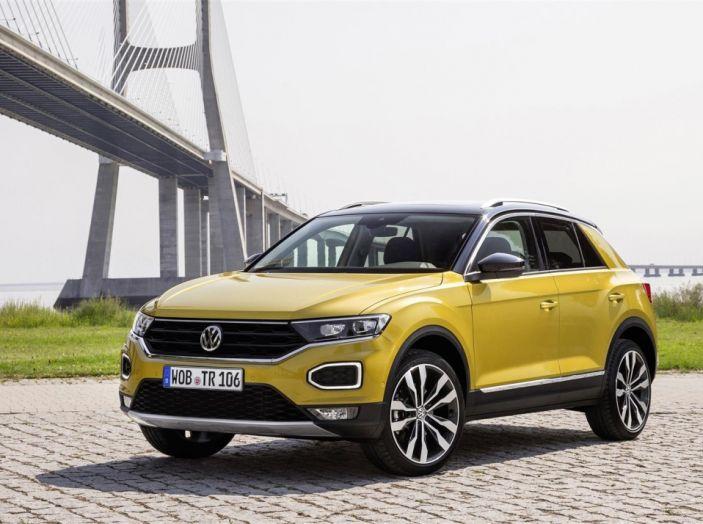 Volkswagen T-Roc 2017: prova su strada, caratteristiche e prestazioni - Foto 9 di 39