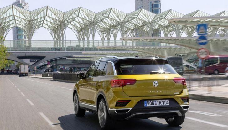 Volkswagen T-Roc ora disponibile con motore 1.6 TDI - Foto 15 di 39