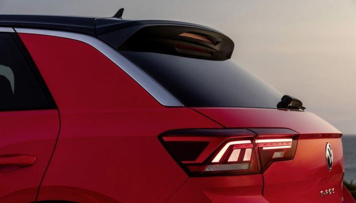Volkswagen T-Roc 2017: prova su strada, caratteristiche e prestazioni - Foto 19 di 39