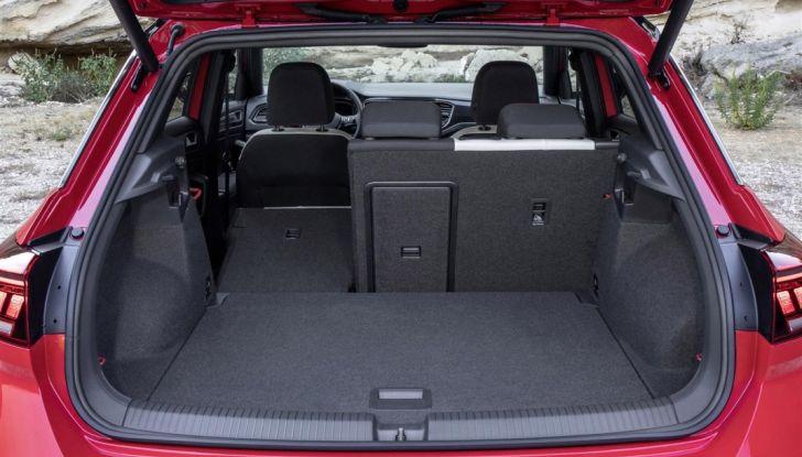 Volkswagen T-Roc 2017: prova su strada, caratteristiche e prestazioni - Foto 20 di 39
