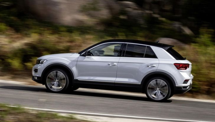Volkswagen T-Roc e la nuova campagna social con Winnie Harlow - Foto 24 di 39