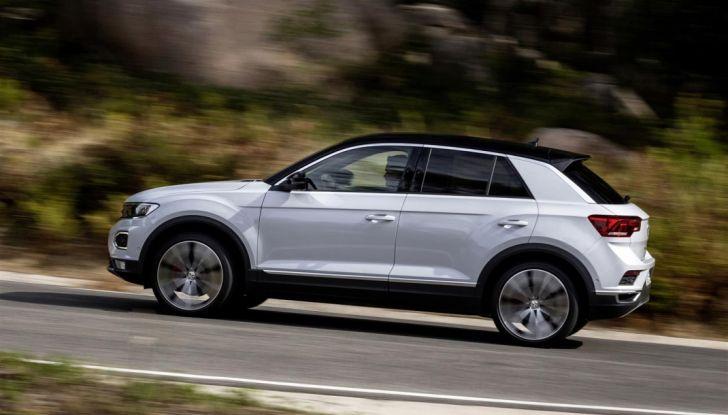 Volkswagen T-Roc 2017: prova su strada, caratteristiche e prestazioni - Foto 24 di 39