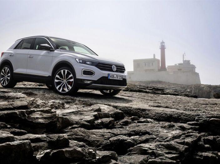 Volkswagen T-Roc 2017: prova su strada, caratteristiche e prestazioni - Foto 25 di 39