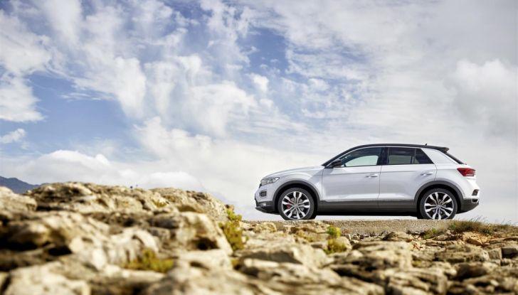 Volkswagen T-Roc 2017: prova su strada, caratteristiche e prestazioni - Foto 26 di 39