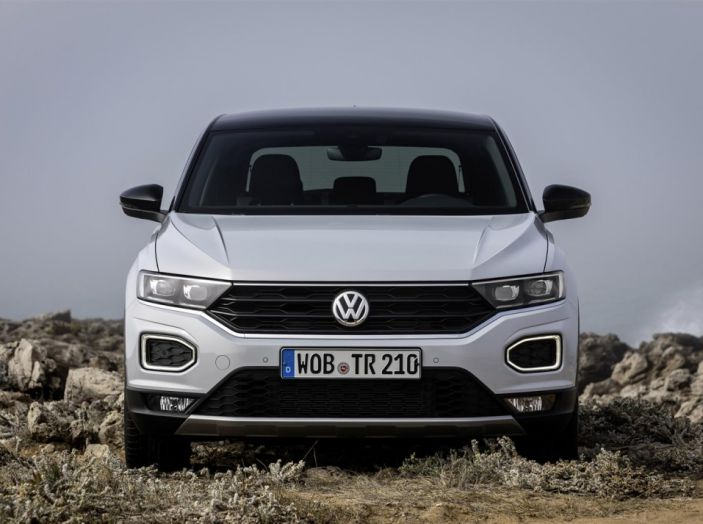Volkswagen T-Roc 2017: prova su strada, caratteristiche e prestazioni - Foto 28 di 39