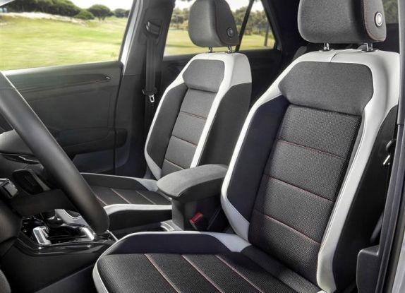 Volkswagen T-Roc 2017: prova su strada, caratteristiche e prestazioni - Foto 30 di 39