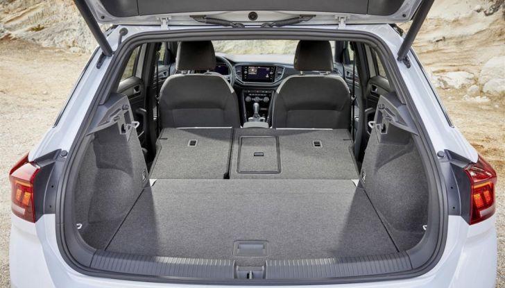 Volkswagen T-Roc 2017: prova su strada, caratteristiche e prestazioni - Foto 31 di 39