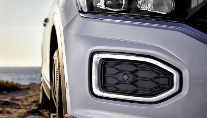 Volkswagen T-Roc ora disponibile con motore 1.6 TDI - Foto 32 di 39