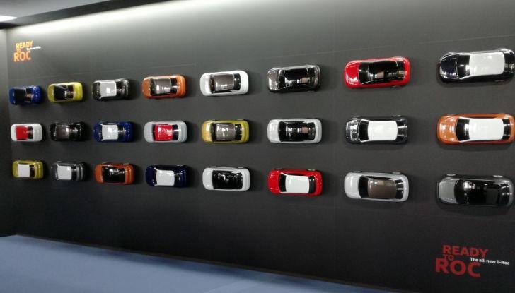 Volkswagen T-Roc 2017: prova su strada, caratteristiche e prestazioni - Foto 37 di 39