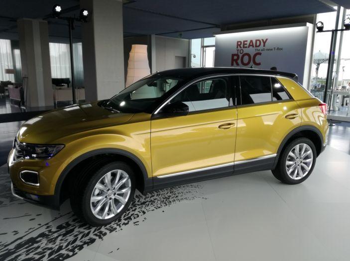 Volkswagen T-Roc 2017: prova su strada, caratteristiche e prestazioni - Foto 38 di 39