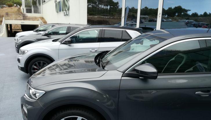 Volkswagen T-Roc 2017: prova su strada, caratteristiche e prestazioni - Foto 2 di 39