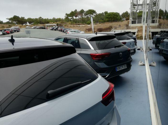 Volkswagen T-Roc 2017: prova su strada, caratteristiche e prestazioni - Foto 3 di 39