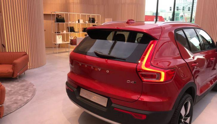 Volvo Studio Milano svela XC40 - Foto 3 di 28