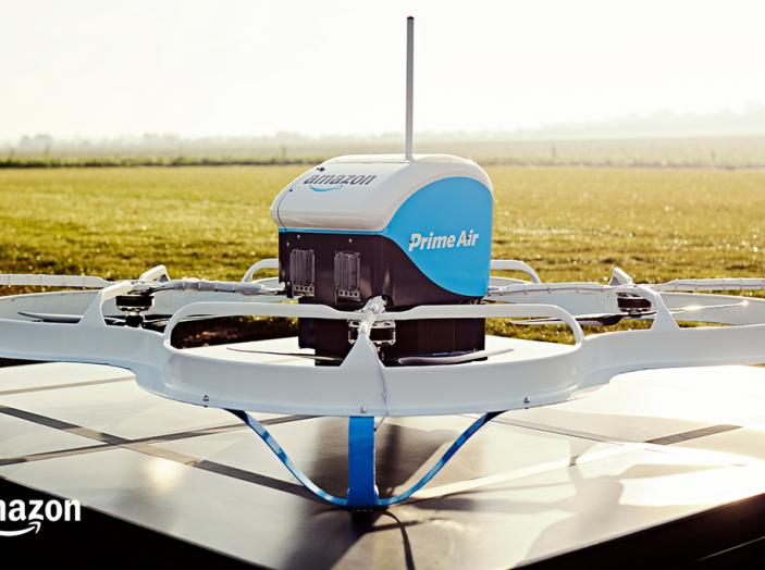 I droni Amazon ora caricano le auto elettriche in movimento - Foto 3 di 13
