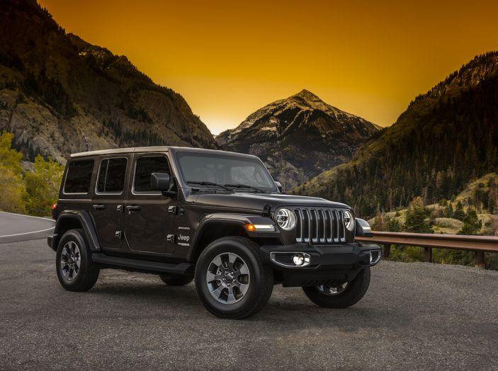Nuovo Jeep Wrangler 2018, l'icona offroad cambia pelle - Foto 3 di 65