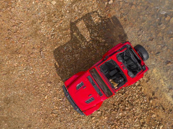 Nuovo Jeep Wrangler 2018, l'icona offroad cambia pelle - Foto 4 di 65