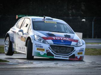 Peugeot celebra la stella nel campionato schierando due 208 t16 al Monza Rally Show