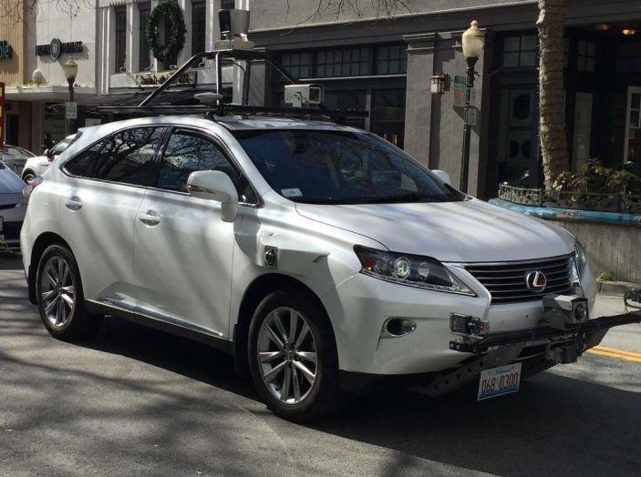 Auto a guida autonoma, le tempeste magnetiche impediscono la visuale - Foto 3 di 9