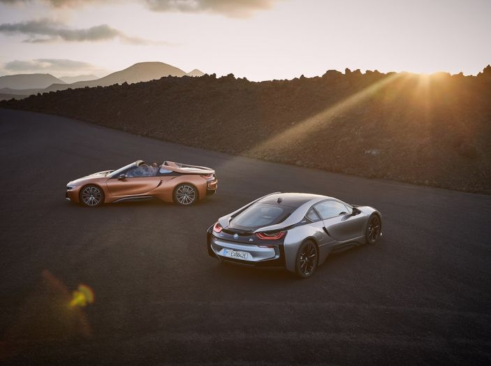 BMW i8 Roadster 2018: Caratteristiche, prezzi e prestazioni - Foto 20 di 38