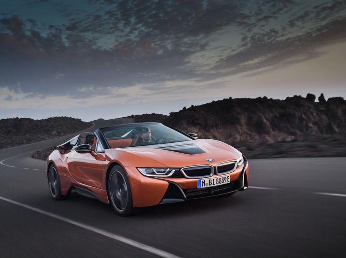 BMW i8 Roadster 2018: Caratteristiche, prezzi e prestazioni - Foto 7 di 38