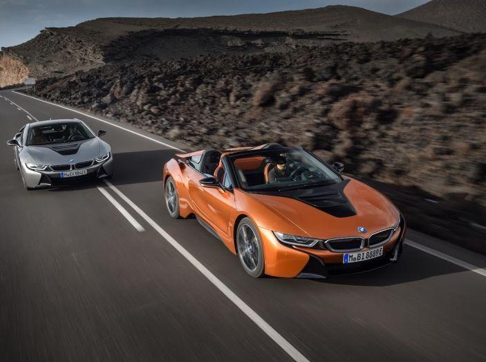 BMW i8 Roadster 2018: Caratteristiche, prezzi e prestazioni - Foto 5 di 38