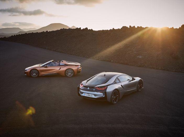 BMW i8 Roadster 2018: Caratteristiche, prezzi e prestazioni - Foto 38 di 38