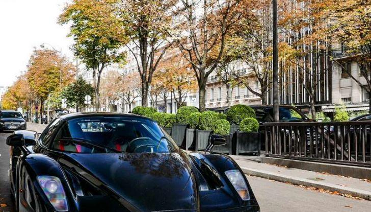 Metà moto, metà Ferrari Enzo: il risultato è un disastro - Foto 9 di 10