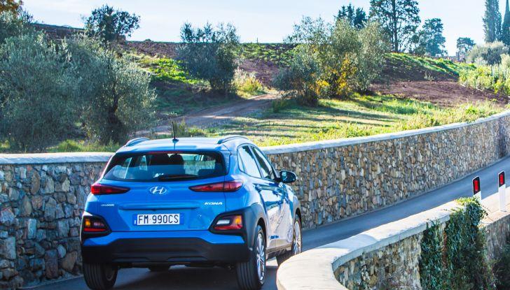 Prova su strada Hyundai Kona: il Crossover 4×4 tra prestazioni e avanguardia - Foto 18 di 19