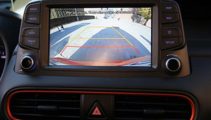 Prova su strada Hyundai Kona: il Crossover 4×4 tra prestazioni e avanguardia - Foto 19 di 19