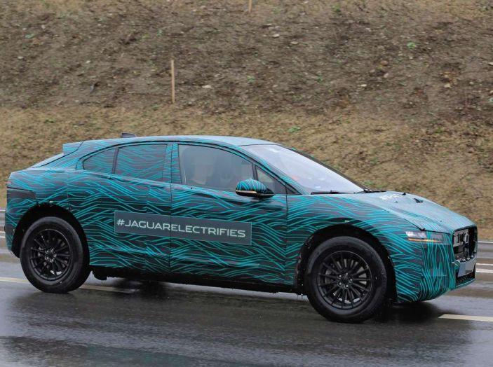 Jaguar I-PACE, test drive in Svezia del crossover elettrico - Foto 5 di 19