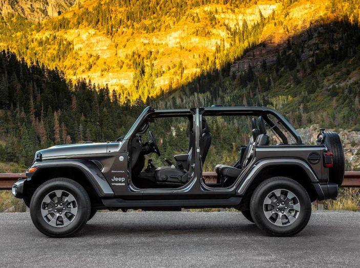 Nuovo Jeep Wrangler 2018, l'icona offroad cambia pelle - Foto 19 di 65