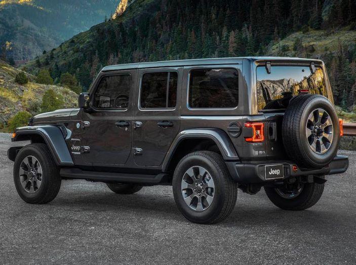 Nuovo Jeep Wrangler 2018, l'icona offroad cambia pelle - Foto 21 di 65