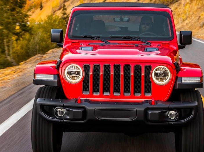 Nuovo Jeep Wrangler 2018, l'icona offroad cambia pelle - Foto 25 di 65