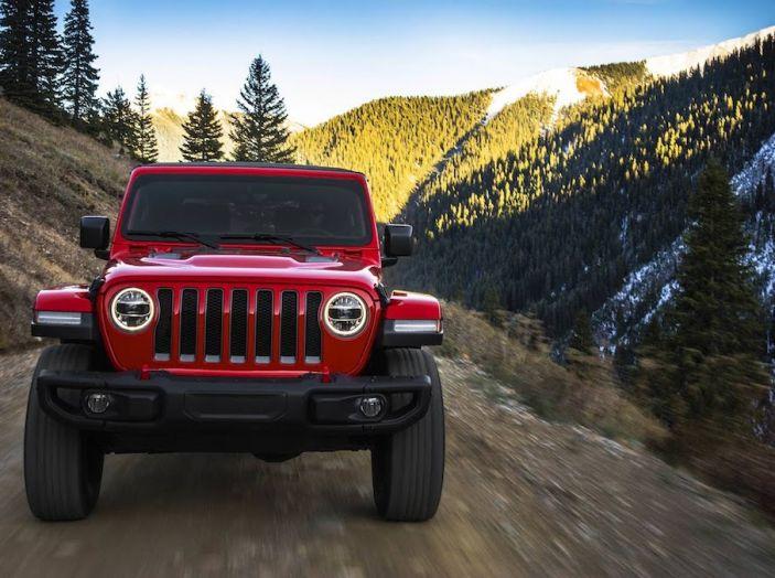Nuovo Jeep Wrangler 2018, l'icona offroad cambia pelle - Foto 28 di 65