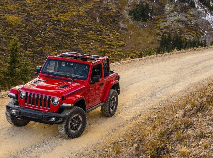 Nuovo Jeep Wrangler 2018, l'icona offroad cambia pelle - Foto 32 di 65