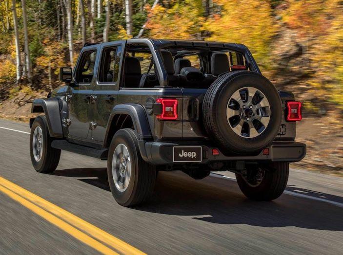Nuovo Jeep Wrangler 2018, l'icona offroad cambia pelle - Foto 8 di 65