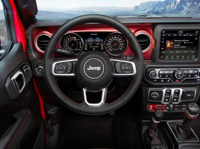 Nuovo Jeep Wrangler 2018, l'icona offroad cambia pelle - Foto 44 di 65