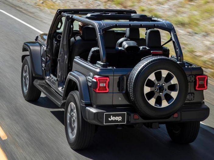 Nuovo Jeep Wrangler 2018, l'icona offroad cambia pelle - Foto 9 di 65