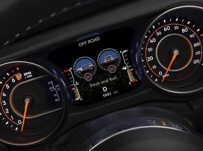 Nuovo Jeep Wrangler 2018, l'icona offroad cambia pelle - Foto 60 di 65