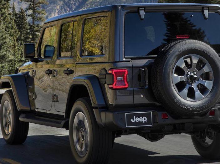 Nuovo Jeep Wrangler 2018, l'icona offroad cambia pelle - Foto 10 di 65